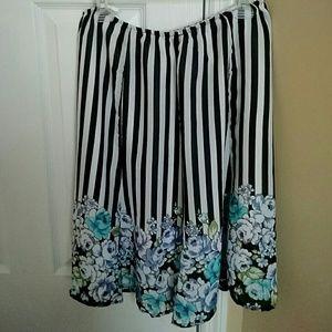 Dresses & Skirts - Black And White Striped Floral Skirt